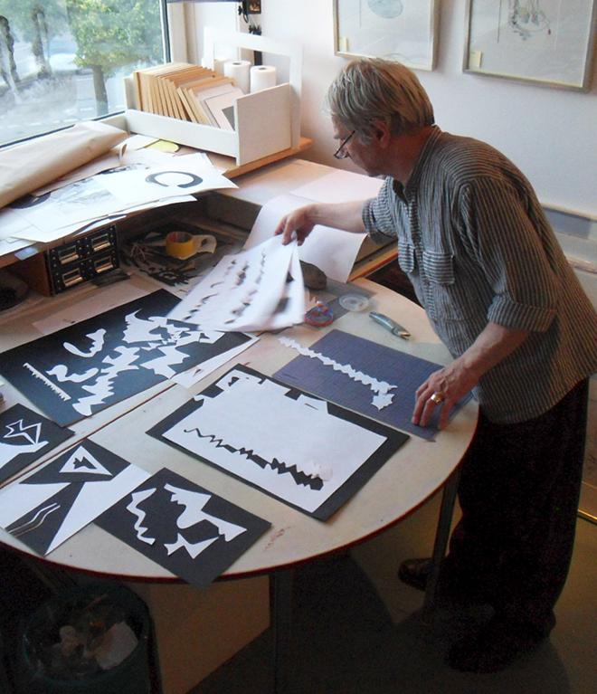 Karl-Ernst Gaertner in seiner Werkstatt